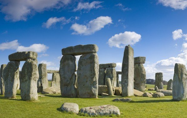 Stonehenge, Bath & English Countryside. 2 World Heritage Sites in 1 Day!